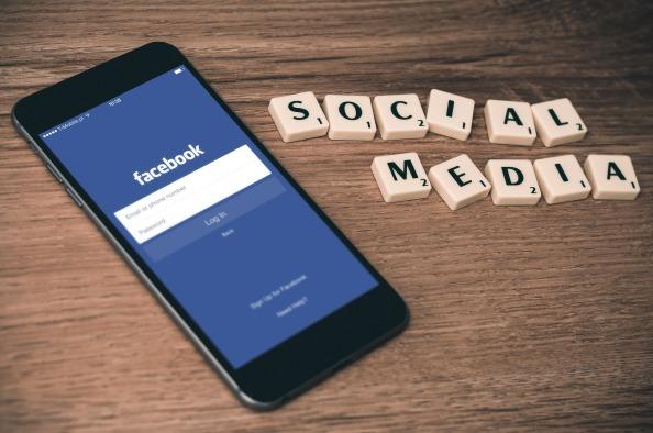 Sociale media wel of niet laten 'pushen'
