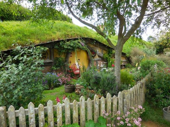 hobbiton-2640294_960_720.jpg